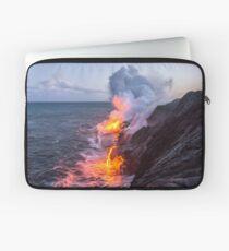 Kilauea Volcano Lava Flow Sea Entry 3- The Big Island Hawaii Laptop Sleeve