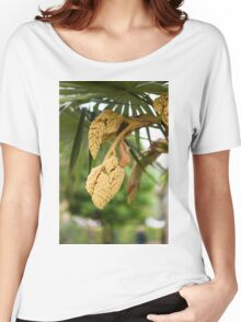 palm tree in bloom Women's Relaxed Fit T-Shirt