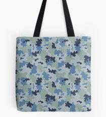 Blaue Tarnung Tote Bag