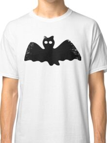 Cute Bat Classic T-Shirt