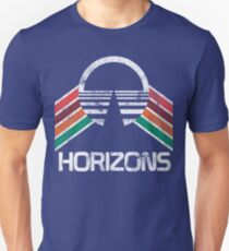 Vintage Horizons Distressed Logo in Vintage Retro Style Slim Fit T-Shirt