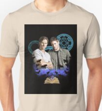 Devils Gate- Supernatural - Sam & Dean Unisex T-Shirt