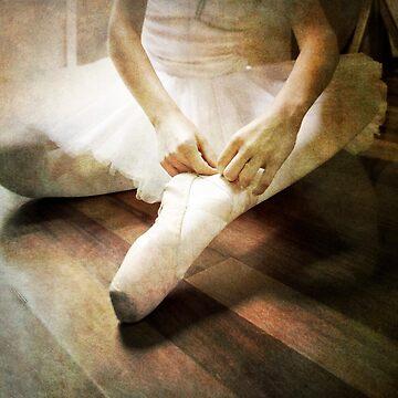 ballerina by p-insolito