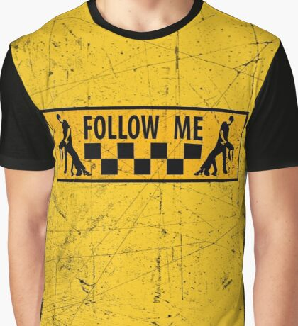 follow me dancer - used look Graphic T-Shirt