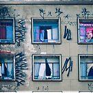 6 windows by Claudio Pepper