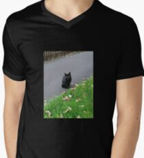 Piercing Eyes - October Kitty T-Shirt