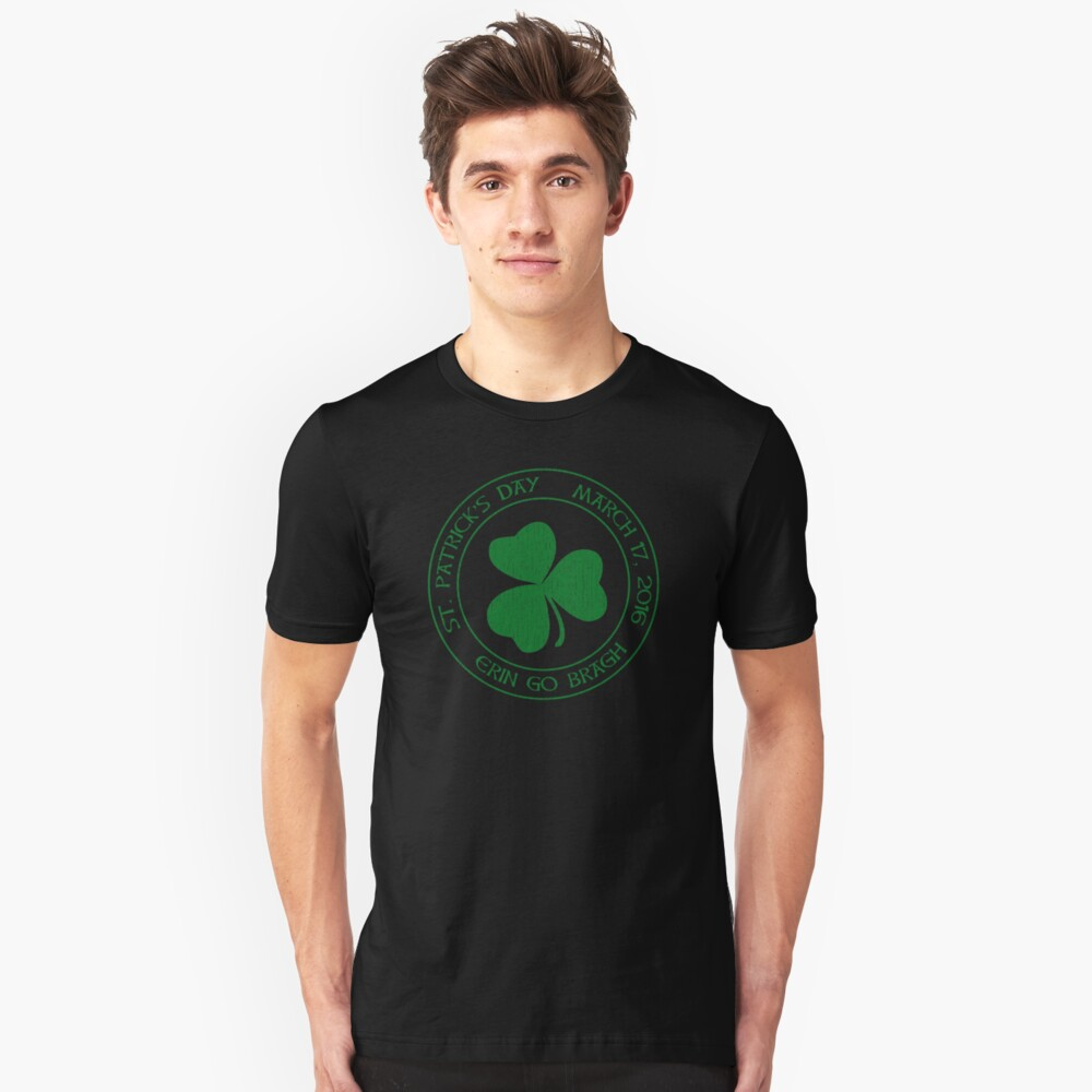St. Patrick's Day 2016 round, green, distressed Unisex T-Shirt Front