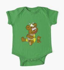 Muppet Babies - Fozzie Bear & Teddy - Arms Crossed One Piece - Short Sleeve