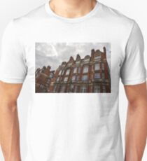 Admiring London's Victorian Architecture - Montagu Mansions, Marylebone  T-Shirt