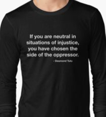 Desmond Tutu Unterdrücker Zitat Langarmshirt