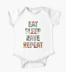 Eat Sleep Rave Wiederholen Baby Body Kurzarm