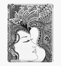 women bw iPad Case/Skin