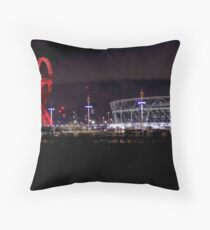 When the Rush Comes Throw Pillow