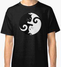 Ying Yang Cats - Black & White Classic T-Shirt