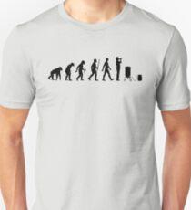 Evolution des Brauens Unisex T-Shirt