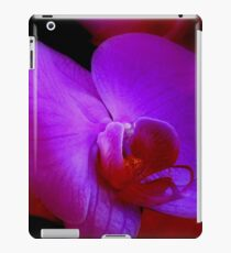 Purple Passion ^ iPad Case/Skin