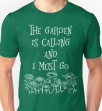Der Garten ruft an und ich muss T-Shirt gehen Slim Fit T-Shirt