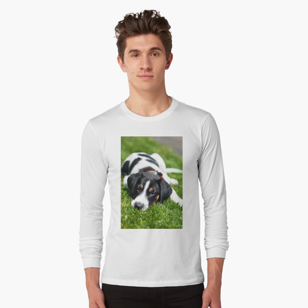 Puppy in the grass Long Sleeve T-Shirt