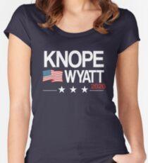 Camiseta entallada de cuello ancho Knope 2020