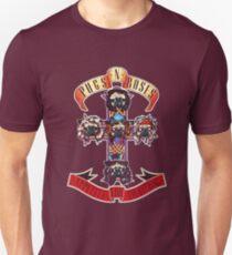 PUGS N' ROSES : APPETITE FOR EVERYTHING Unisex T-Shirt
