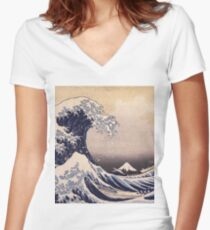 Katsushika Hokusai - The Great Wave Off the Coast of Kanagawa 19th century . Japanese Seascape Women's Fitted V-Neck T-Shirt