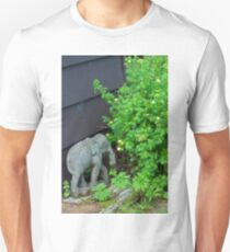 """Elephant"" - Digital Oil T-Shirt"