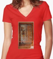 Ivory Door Women's Fitted V-Neck T-Shirt