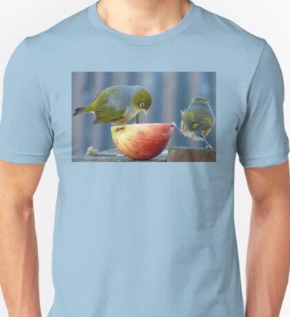 Holding the Apple Up! - Wax Eye NZ - Southland T-Shirt