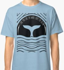 Whale at sunset Classic T-Shirt