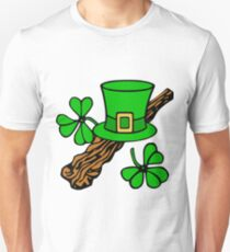 patricks day hat and shillelagh Unisex T-Shirt