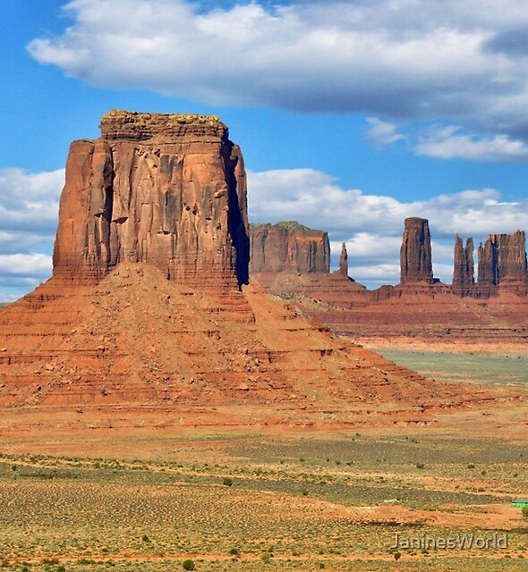 Monument Valley Landscape by JaninesWorld