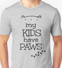Meine Kinder haben Pfoten - Katzenversion Slim Fit T-Shirt