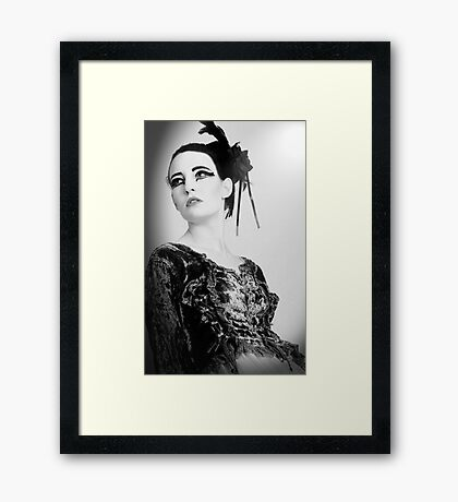 black and white swan Framed Print