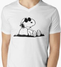 Snoopy Men's V-Neck T-Shirt
