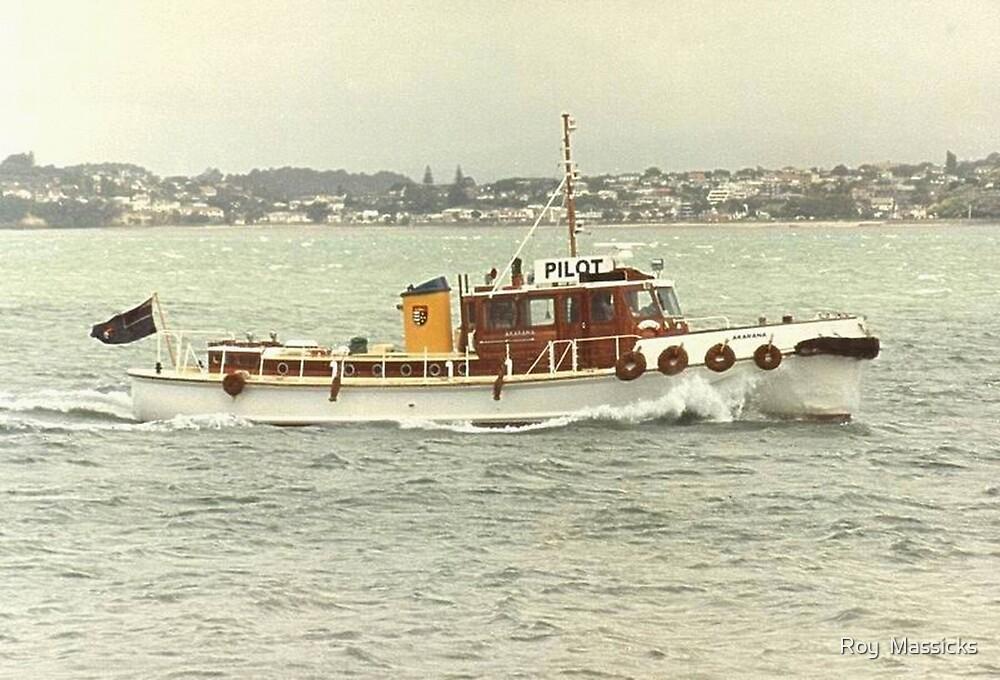 """""""Akarana"""", Pilot boat, New Zealand. by Roy  Massicks"""