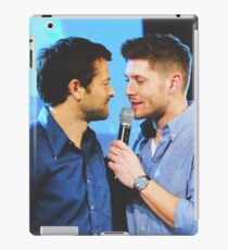 Jenmish - cockles iPad Case/Skin