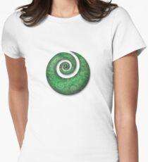 koru Women's Fitted T-Shirt