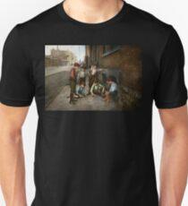 Kids - Cincinnati OH - A shady game 1908 Unisex T-Shirt