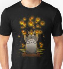TOTO LANTERN FEST. Slim Fit T-Shirt