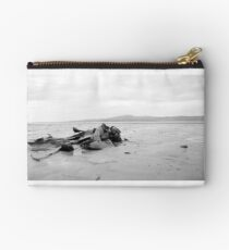 Seaweed at the beach Studio Pouch