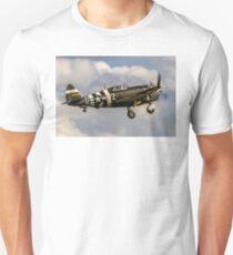 TP-47G Thunderbolt 42-25068/WZ-Ḏ Unisex T-Shirt