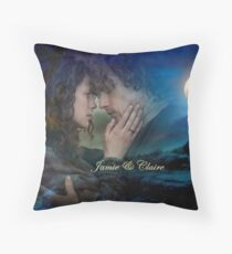 Outlander/Jamie & Claire Fraser Throw Pillow