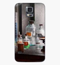 Science - Chemist - Chemistry Equipment  Case/Skin for Samsung Galaxy