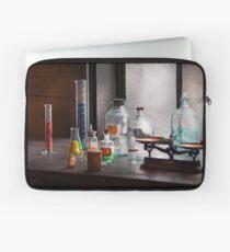 Science - Chemist - Chemistry Equipment  Laptop Sleeve