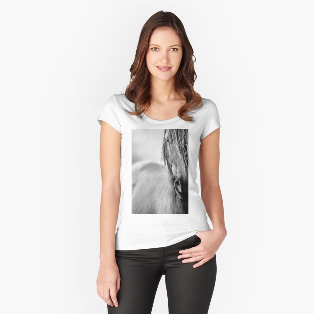 Pferd Tailliertes Rundhals-Shirt