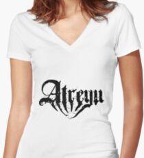 Atreyu Shirt mit V-Ausschnitt