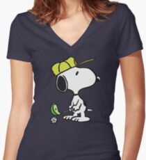 Snoopy Golf Women's Fitted V-Neck T-Shirt