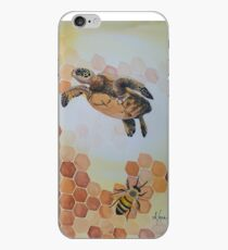honu bees  iPhone Case