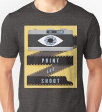EYES WITH CAMARA Unisex T-Shirt