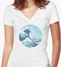 Ponyo and the great wawe (best version) Women's Fitted V-Neck T-Shirt